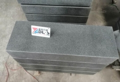 G38 Black Basalt Kerbstone Paving Stone Flamed Brush Waterjet